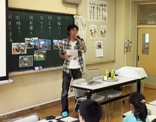 写真を用いて楽しくお米の授業を行ないました。